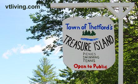 treasureisland-sign